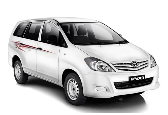 Toyota Innova Car on Rent in Varanasi